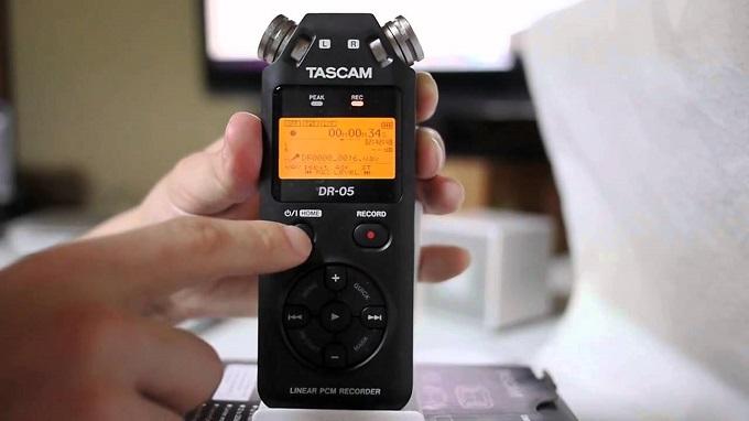 Le Tascam DR-05